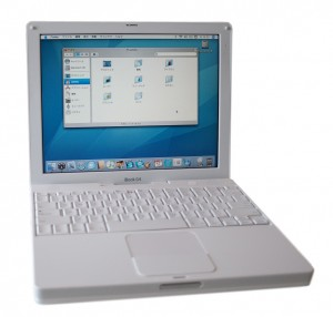iBook G4 (Late 2004)